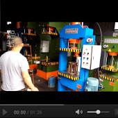 50T龙门液压机工作视频展