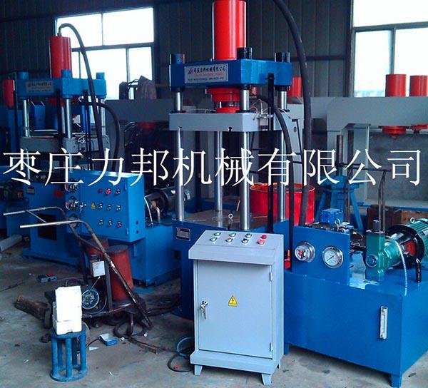 40吨四柱液压机图片