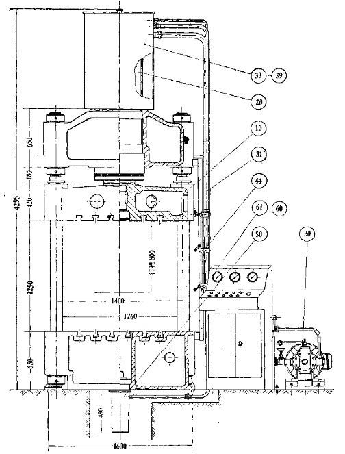 四柱液压机核心结构剖面标注图图片